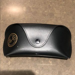 Large Ray Ban Blk Hard Case with belt loop